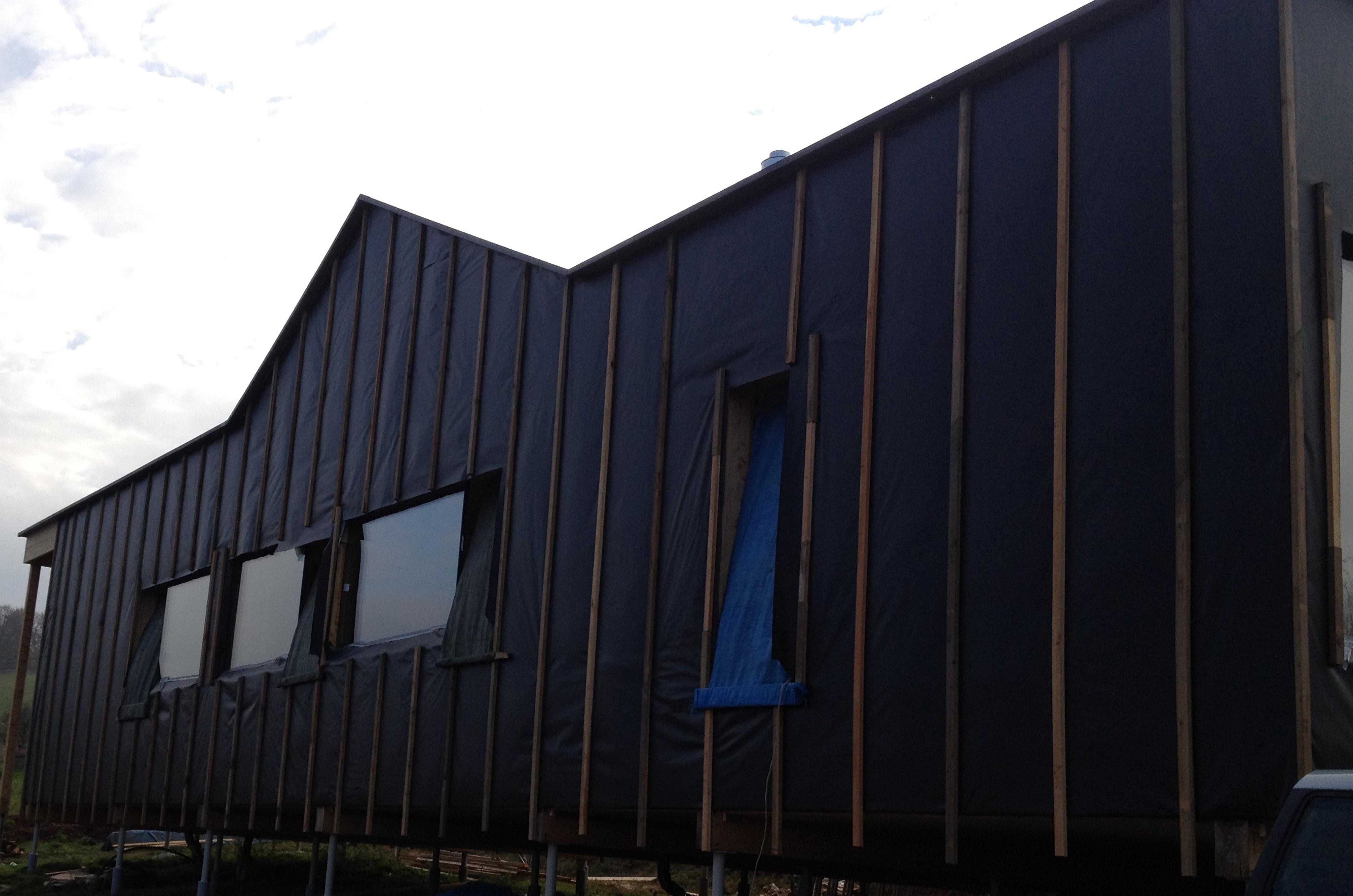 Rozostavaný dom pokrytý materiálom EPDM