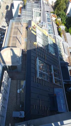 celoplošne lepené EPDM na šikmej streche 3